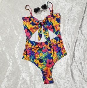 Floral Print One Piece Swimsuit B1/9